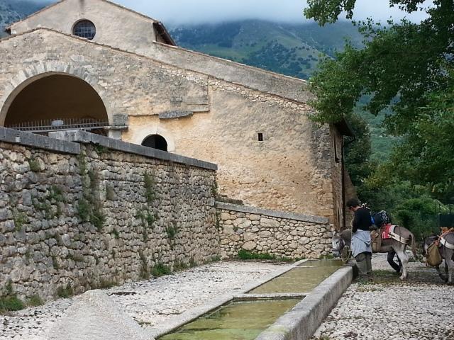 L'abbeveratoio di Santa Maria in Valle Porclaneta